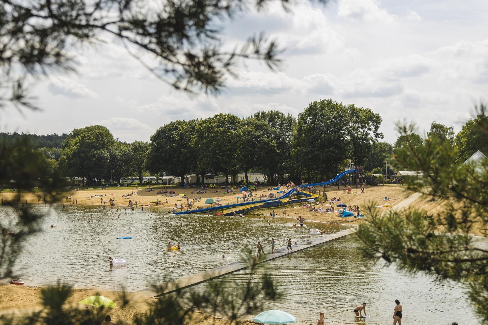 Komfort-Stellplatz am Wasser