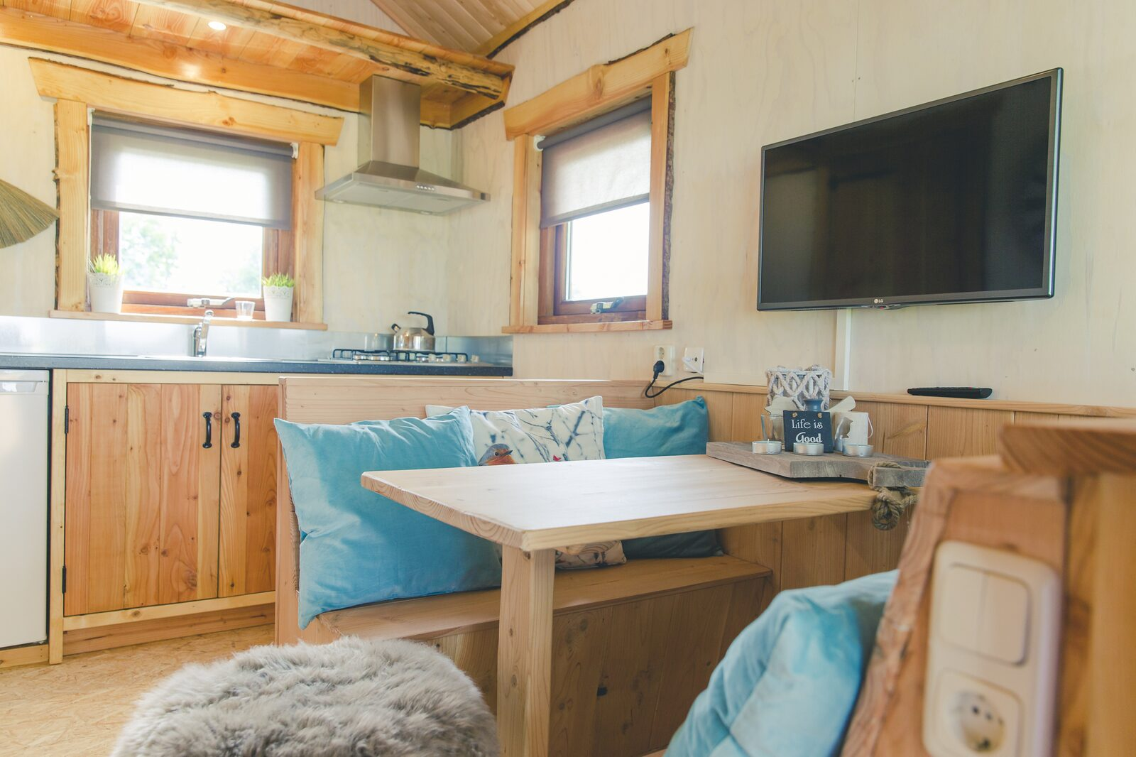 Regge Cottage with hot tub