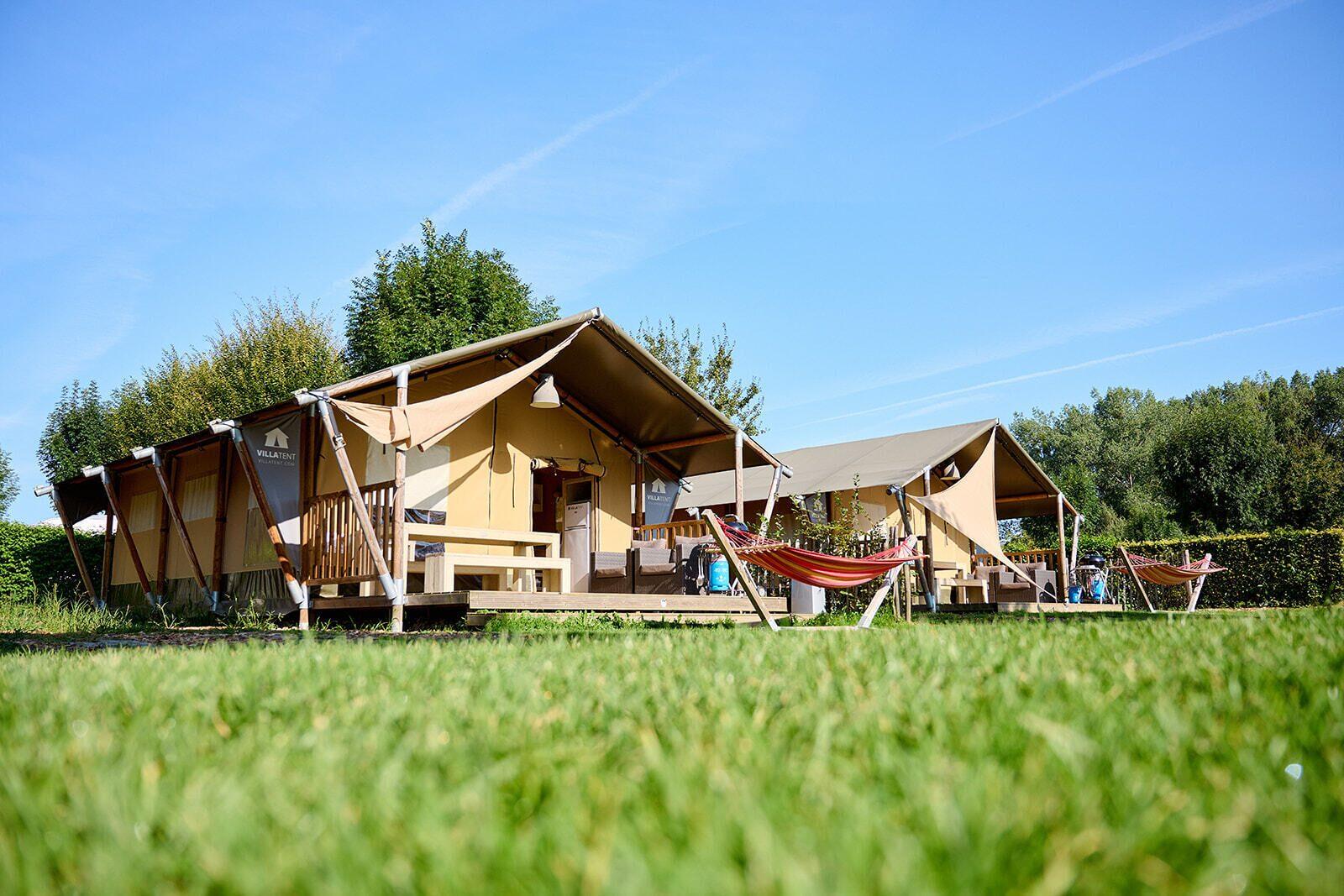 Camping 't Geuldal | Villatent XL met sanitair | 4 tot 6 pers.