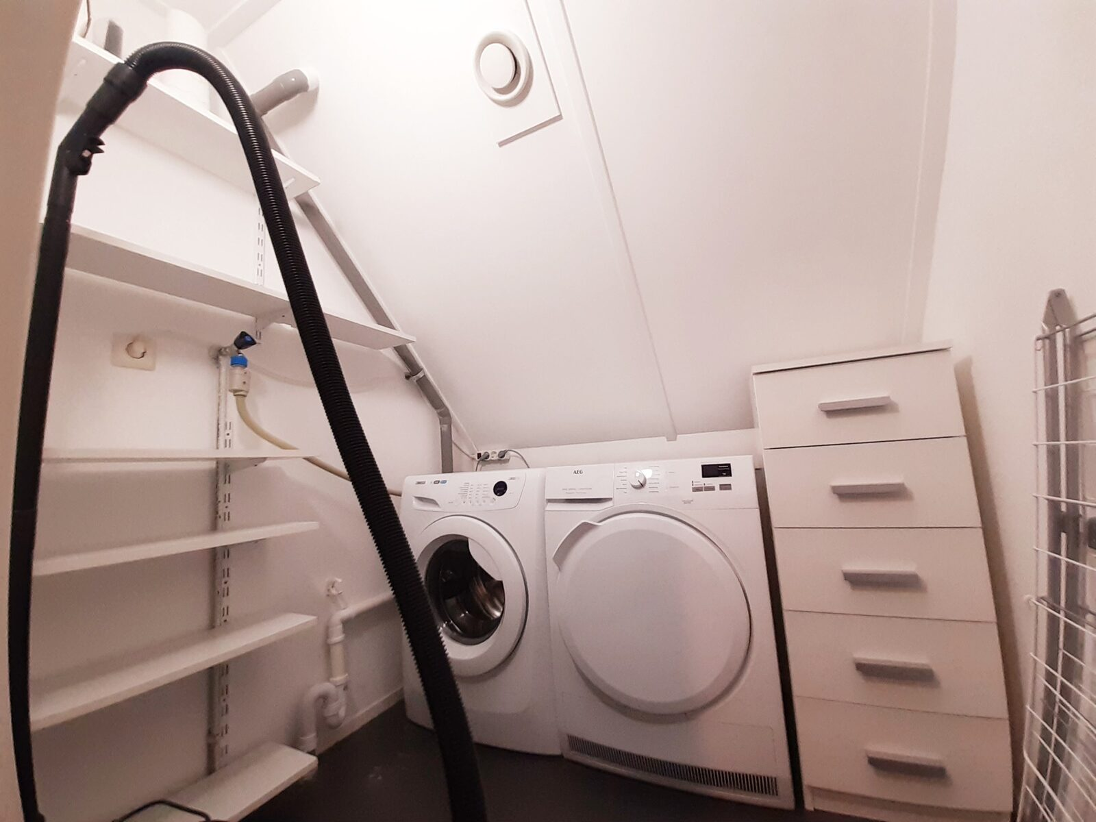 Restyled 6 pers. met infrarood cabine