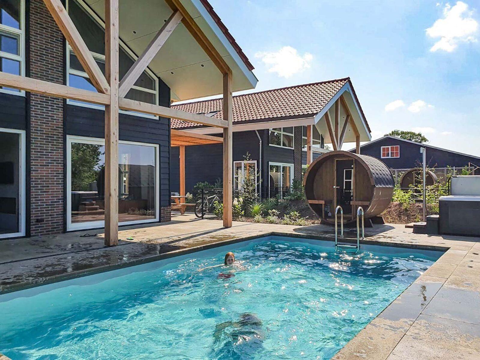 Villa Superieur 10 personen Zwembad en Wellness