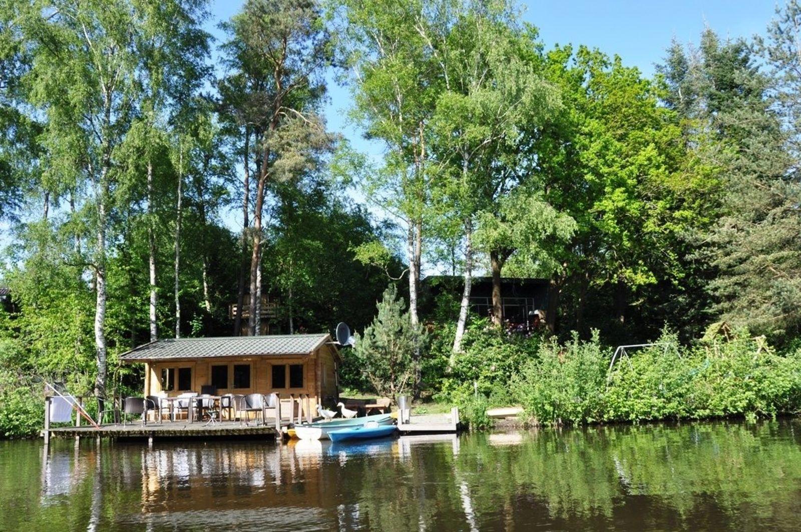 Villa Vechtdal 1 vakantiehuis aan het water