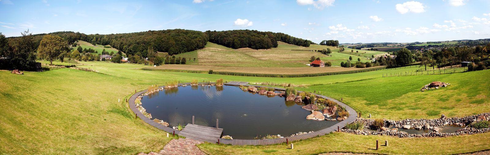 Carrehoeve A Gen Beuke - exclusieve vakantievilla met zwembad en jacuzzi in Zuid-Limburg