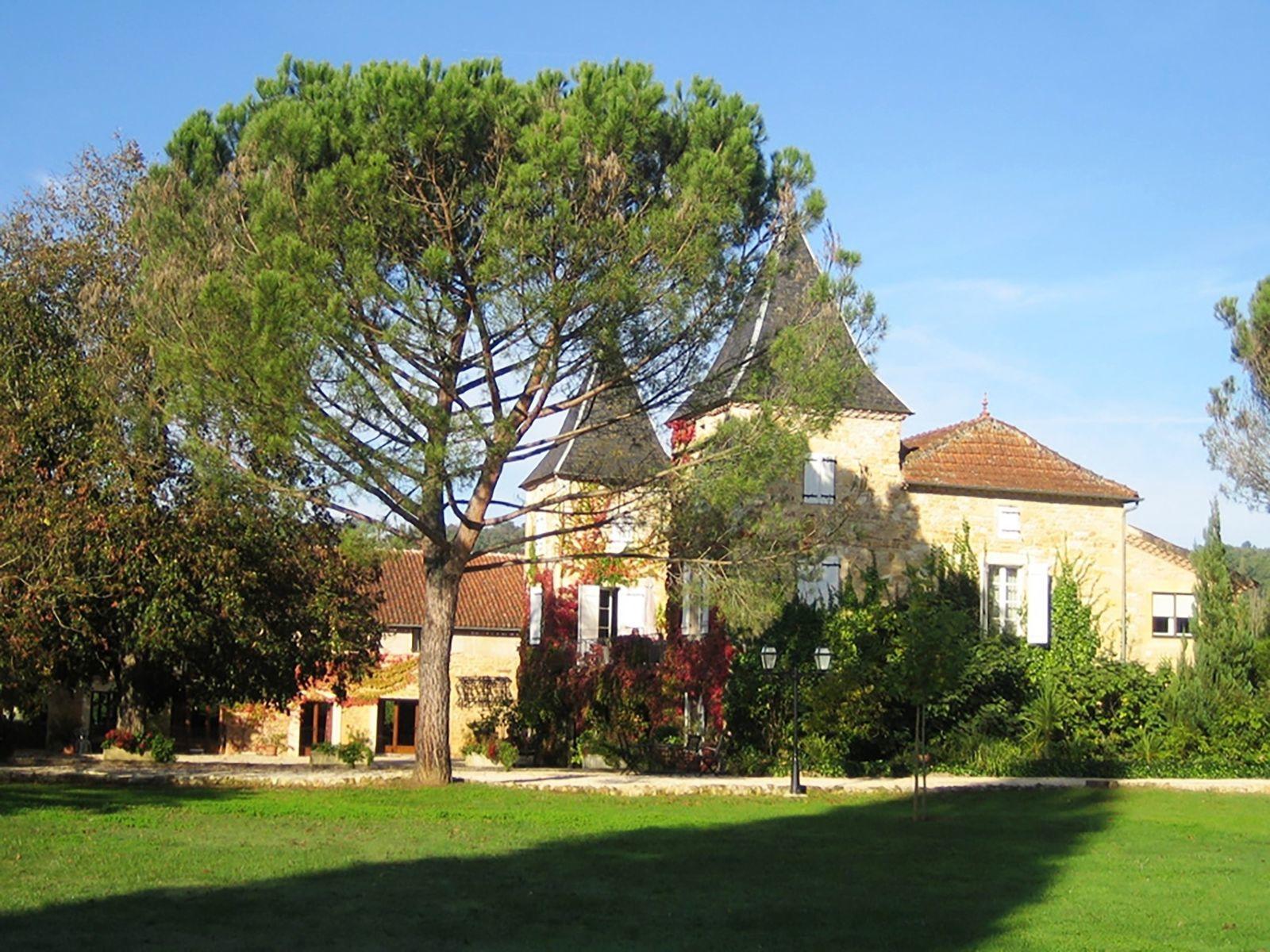 Chateau Prayssac - B vakantiehuis met zwembad