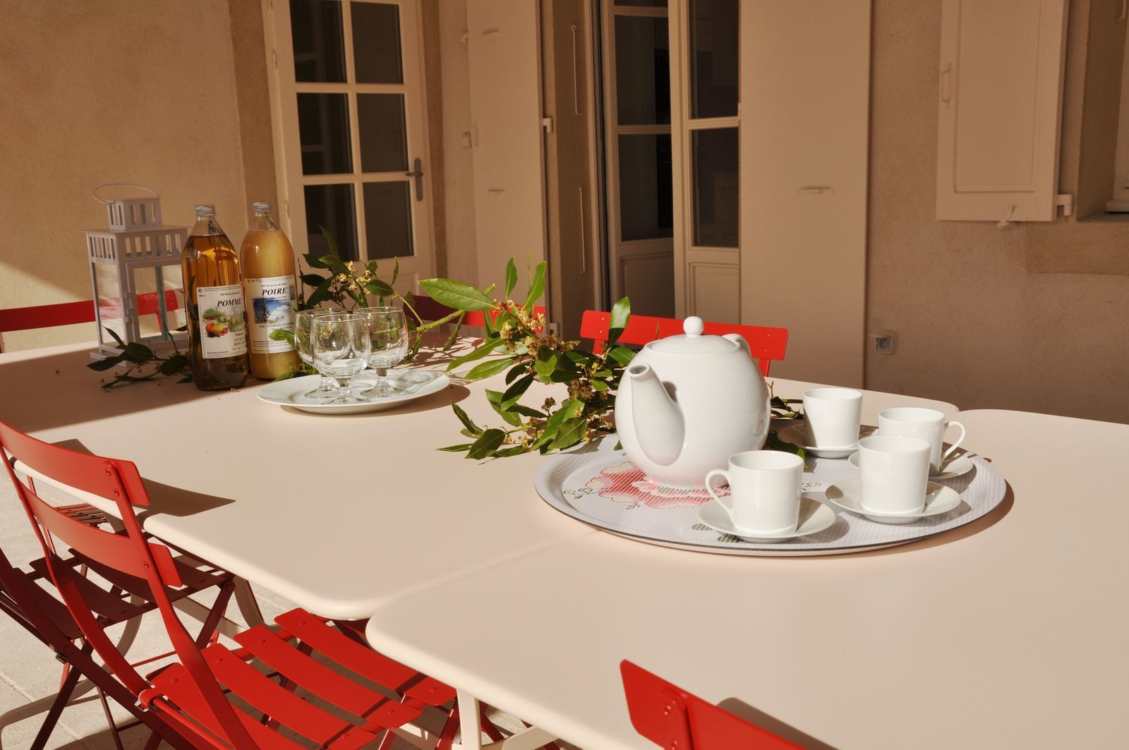 Domaine de Valence - la Terrasse - luxe en groot vakantiehuis Frankrijk met zwembad