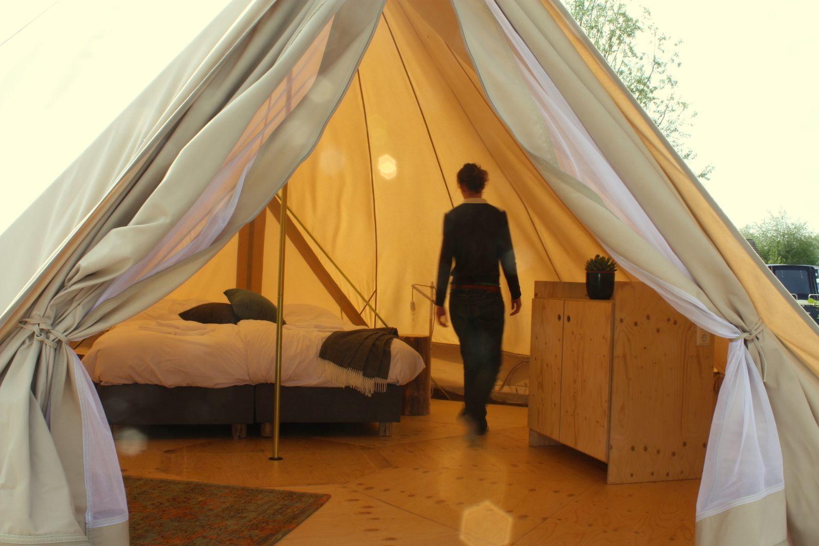 Zwier Tent