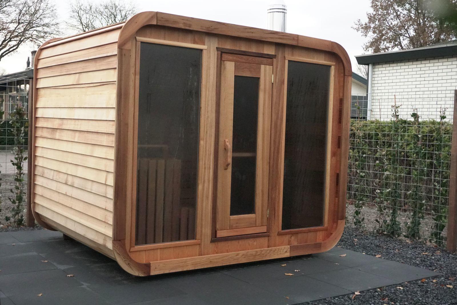 6 + 6 person Veluwe Villa with a sauna